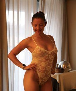 Nude fitandlingerie Fitandlingerie Pics