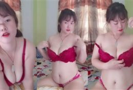 Pretty Housewife Naked Nipple Play Leaked Video