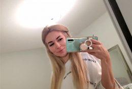 Alinity Mirror Ass Tease Nude Video Leaked